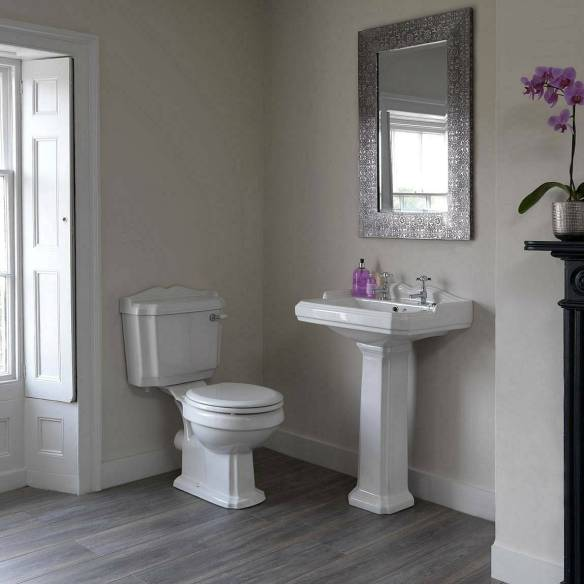 Winchester-Bathroom-Suite-white-seat_514